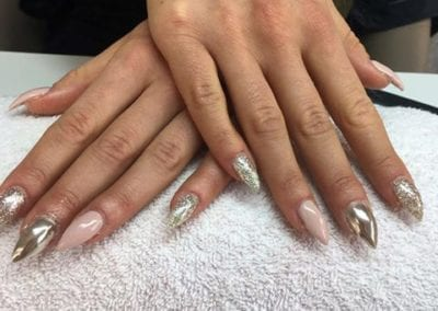 nageldesign silver infinity nails